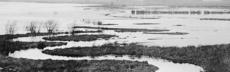 Die noch kurvenreiche emscher in dortmund im jahr 1900 %c3%9cberschwemmungen geh%c3%b6rten zur tagesordnung. foto archiv der emschergenossenschaft